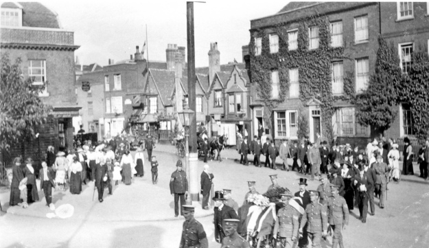 Auriol Round's funeral procession in 1914, turning from Newland Street into Guithavon Street. The policeman in the centre is probably Sergeant Haggar