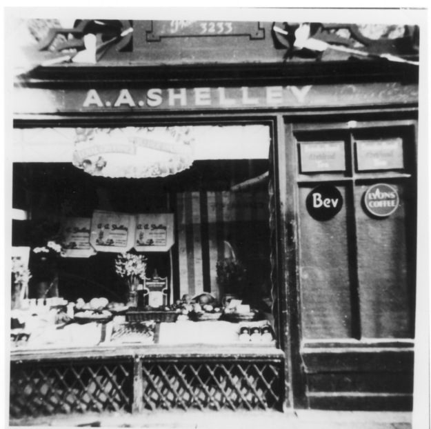 Shelley's fruit and vegetable shop in the 1930s (51 Newland Street)