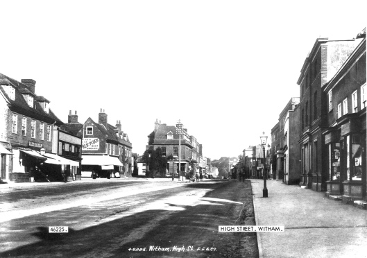 The wide part of Newland Street, discussed below