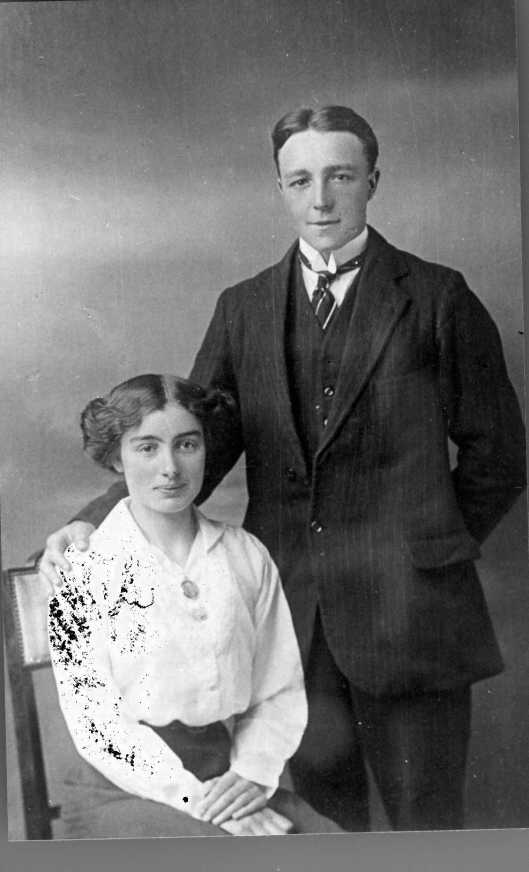 (5) Edith Turner and William Raven, before their marriage, between 1910 and 1916. Taken by William (Billy) Bull. Discussed below.